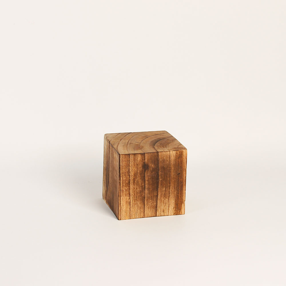 bloc de pr sentation forme cube en bois brut 8x8x8cm selfor paris. Black Bedroom Furniture Sets. Home Design Ideas