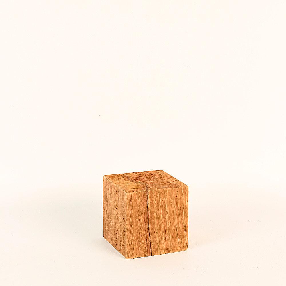 support de pr sentation en bois brut 8x8x8cm selfor paris. Black Bedroom Furniture Sets. Home Design Ideas