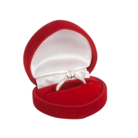 Heart-shaped red velvet ring box