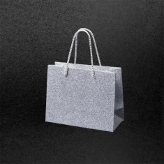 Silver glitter paper carrier bags, 190g